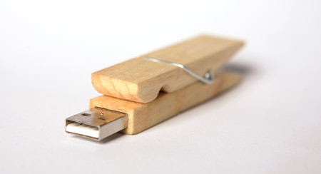 Wooden Clamp USB Flash Stick