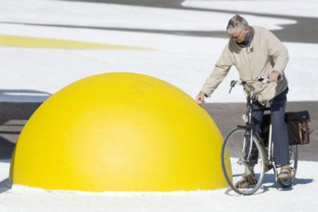 Giant Eggs in Netherlands 4
