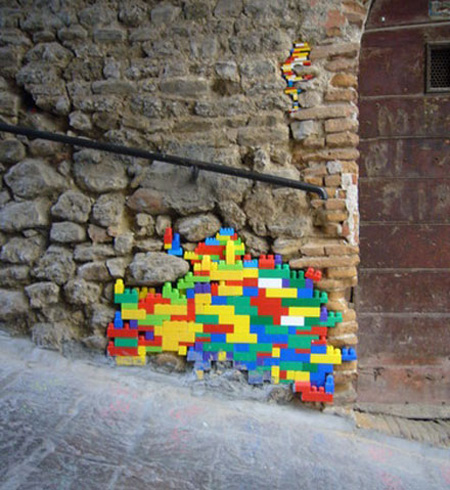 Ancient LEGO Walls 3