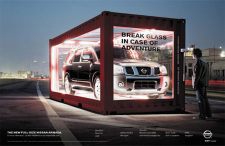 Nissan Cube Advertisement