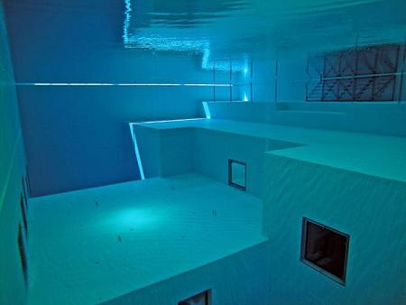 The Deepest Diving Pool in the World 3