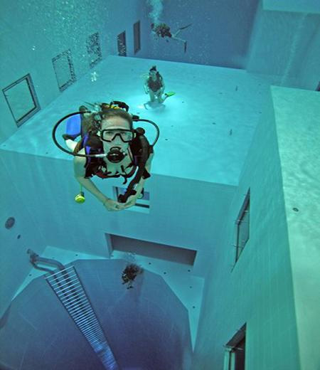 The Deepest Diving Pool in the World 5