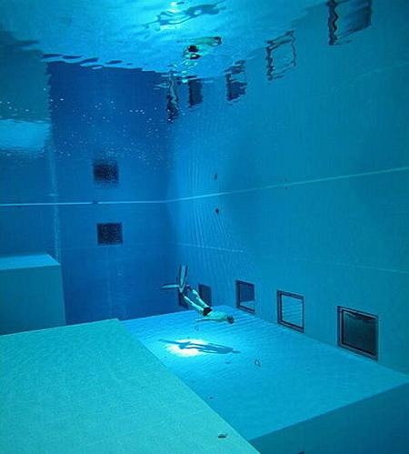 The deepest diving pool in the world for How deep is a olympic swimming pool
