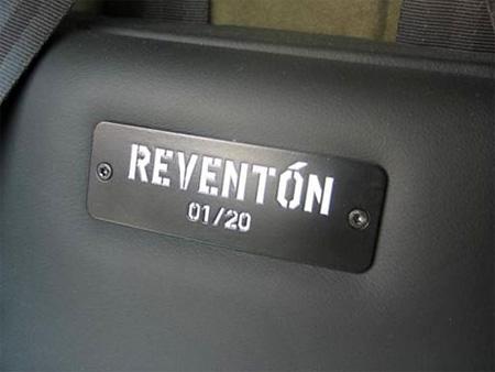 Unpacking New Lamborghini Reventon 10
