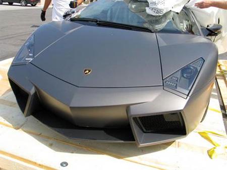 Unpacking New Lamborghini Reventon 7