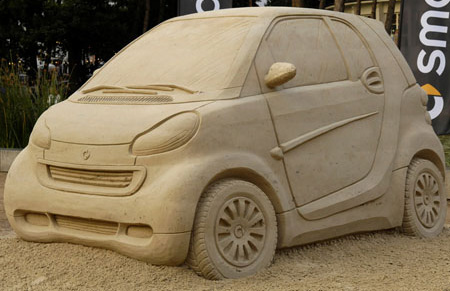 Creative Smart Car Sand Sculpture