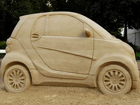 Creative Smart Car Sand Sculpture 3