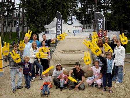 Creative Smart Car Sand Sculpture 5