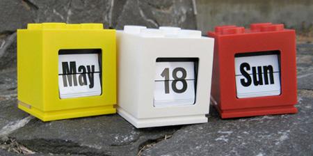 LEGO Inspired Desktop Calendar