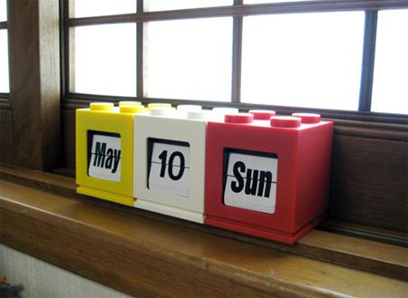 LEGO Inspired Desktop Calendar 5
