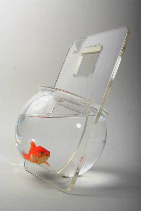 Portable Fishbowl by Michal Shabtiali 2