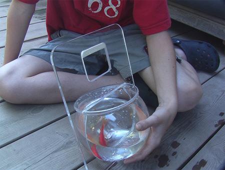 Portable Fishbowl by Michal Shabtiali 3