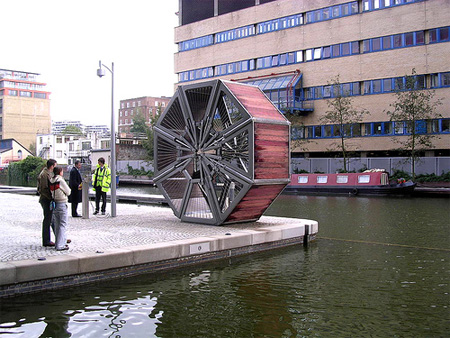 Incredible Rolling Bridge in London 2