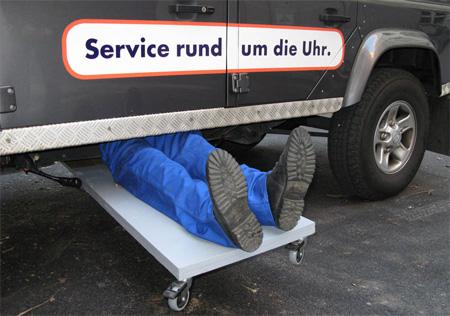 Crazy Service 24 Austria Advertisement 2