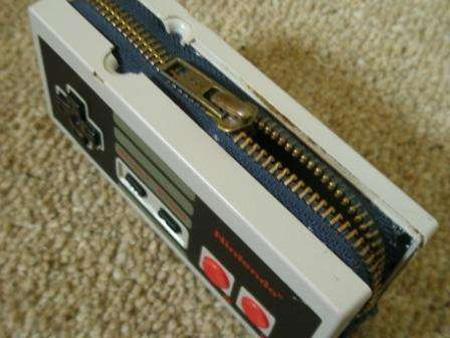 NES Controller Wallet 2