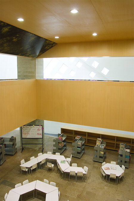 Parque España Library in Colombia 8