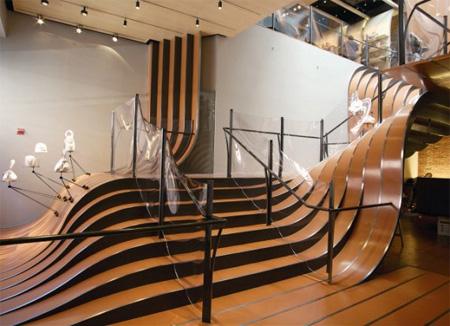 Longchamp Store Stairs 2