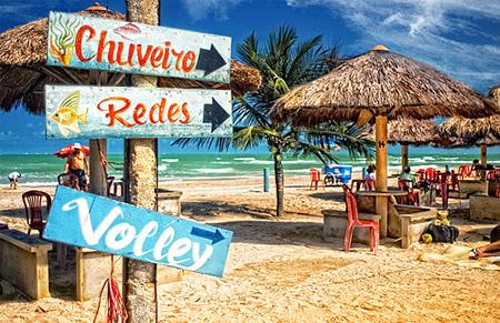 Signs in Maragogi Beach by Omar Junior