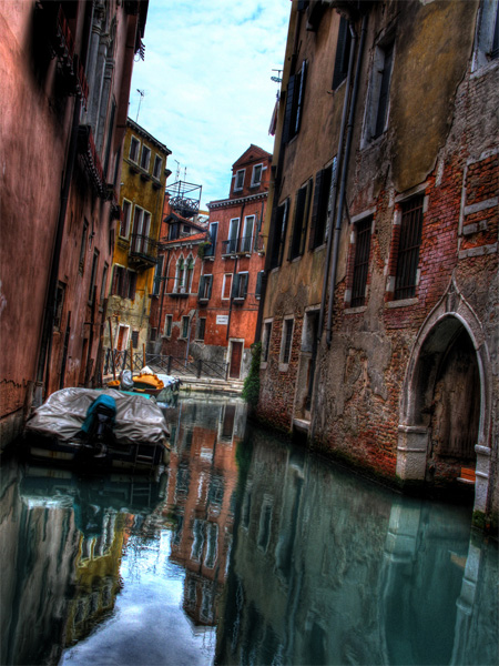 The Beauty of Venice by Last Rounds