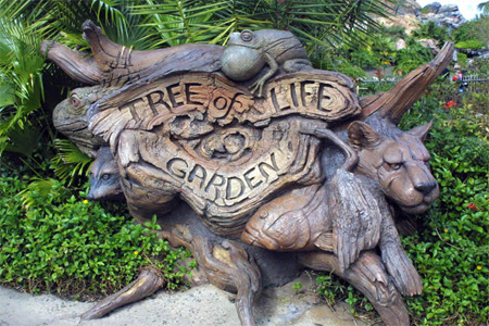 The Tree of Life at Disneys Animal Kingdom Seen On Coolpicturegallery.blogspot.com 4