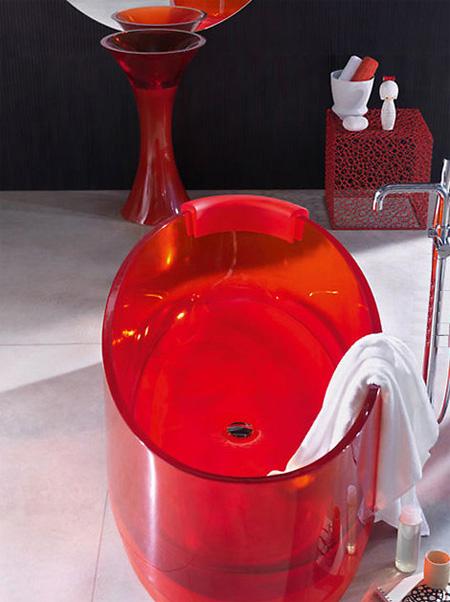 Jolie Glass Bathtub