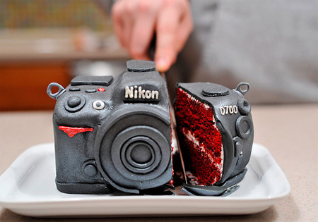 Incredible Nikon D700 DSLR Cake