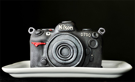 Incredible Nikon D700 DSLR Cake 2