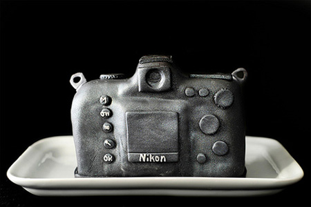 Incredible Nikon D700 DSLR Cake 3