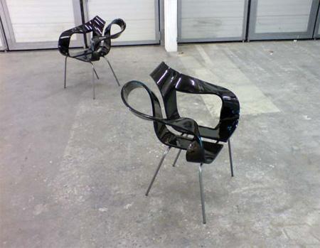 Toeloop Chair by Mario Stadelmann 2