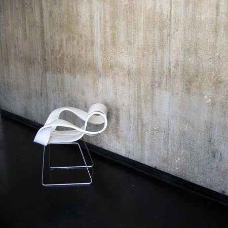 Toeloop Chair by Mario Stadelmann 4