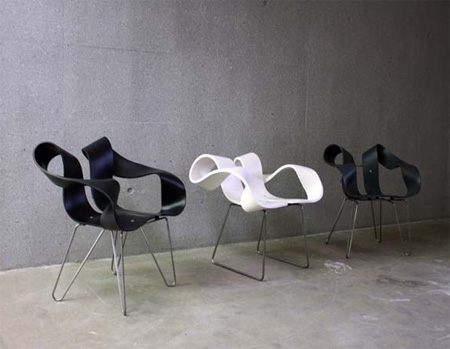 Toeloop Chair by Mario Stadelmann 5
