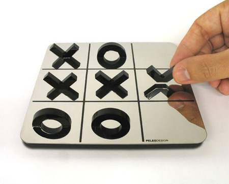 Mirror Tic Tac Toe