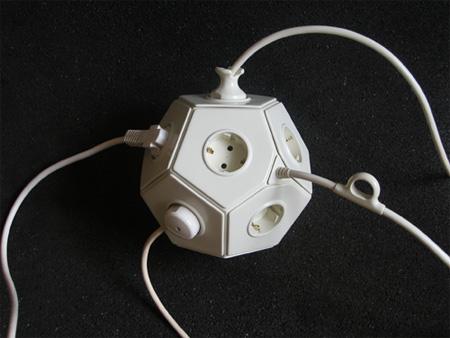 E-Ball Multiplug Connector