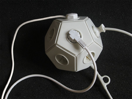 E-Ball Multiplug Connector 2