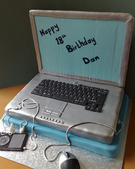 Cake Laptop Designs : 27 Beautiful and Creative Cake Designs