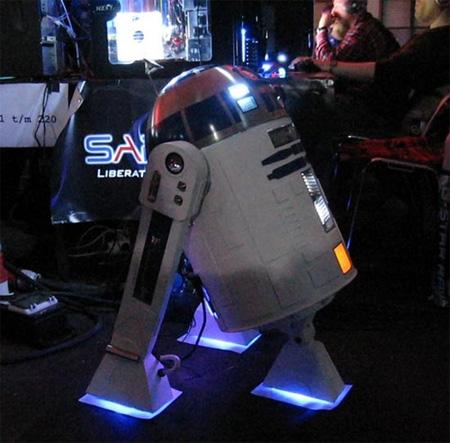R2-D2 PC Case Mod