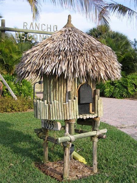 Grass Shack Mailbox