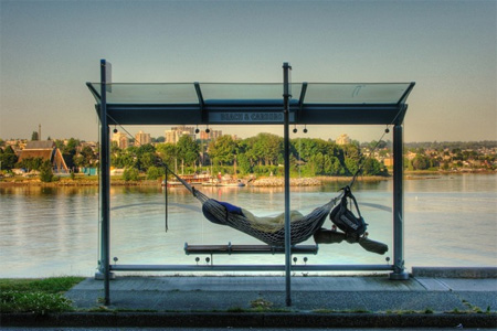 15 Unusual and Creative Bus Stops