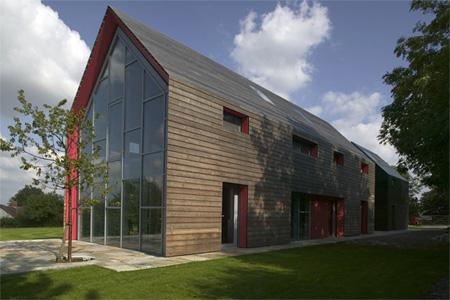 Innovative Sliding House by dRMM 6