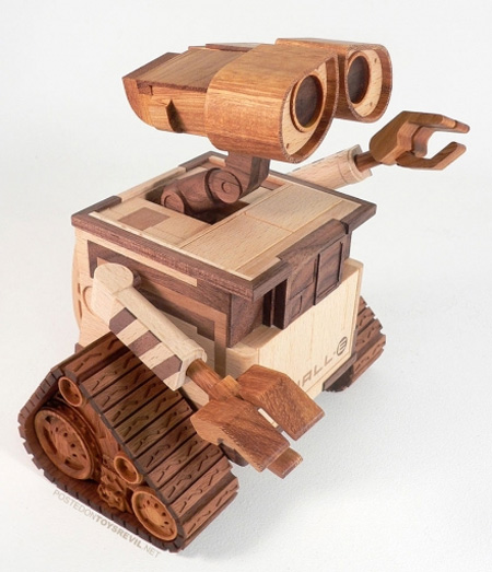 WALL-E Wooden Sculpture