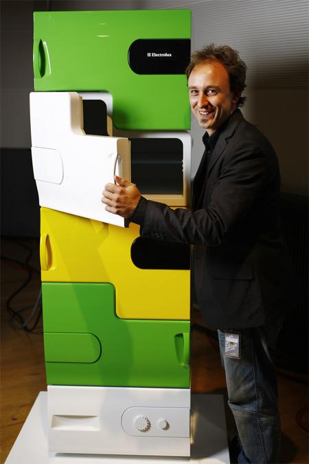 Flatshare Refrigerator by Stefan Buchberger