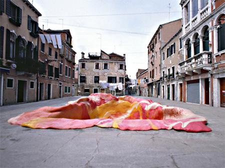 Chewing Gum in Venice