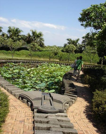 Beautiful Zipper Pond by Ju Chun