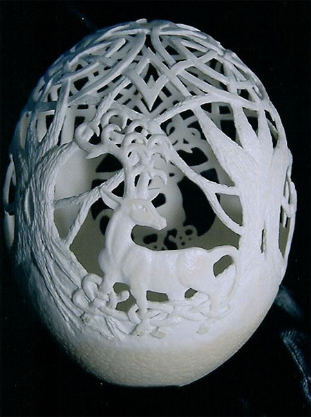 beautiful and creative egg carvings