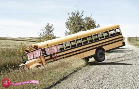 Hubba Bubba Bus Advertisement