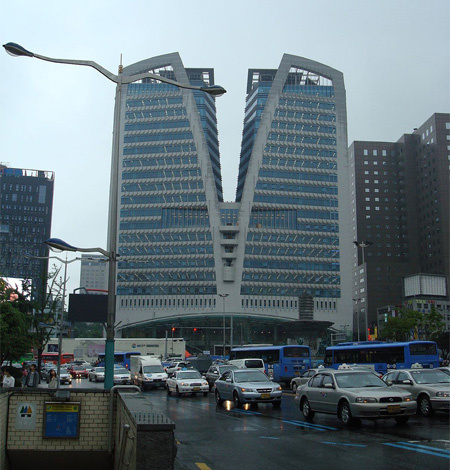 Zipper Building