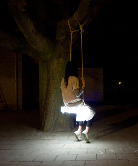 Cool Swing Lamp