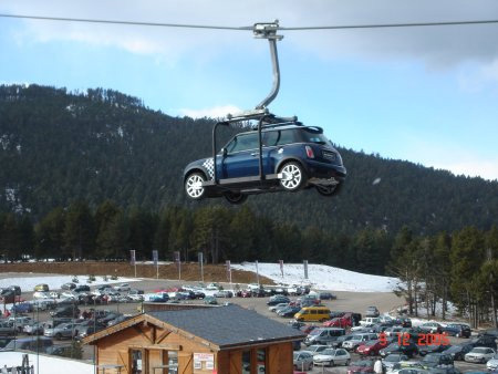 MINI Cooper Ski Lift Ad