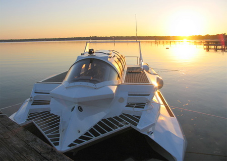 Hyper-Sub Boat
