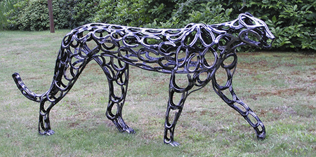 12 Amazing Horseshoe Sculptures